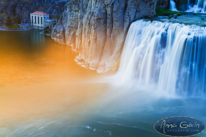 Shoshone Falls, Niagara of the West | waterfalls twin falls travel tourist destinations sunset southern idaho snake river shoshone falls photography long exposure landscapes idaho  | Anna Gorin Design & Photography, Boise, Idaho