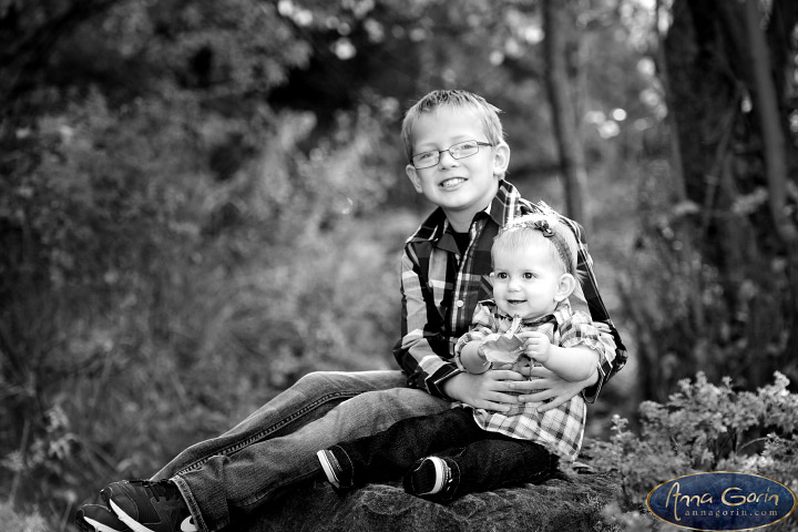 The Heggen family | portrait photoshoots photography outdoor portraits kids kathryn albertson park Family Photos Family Photographer Boise Family Photographer families fall children Boise Family Photos Boise Family Photography Boise Family Photographer autumn  | Anna Gorin Design & Photography, Boise, Idaho