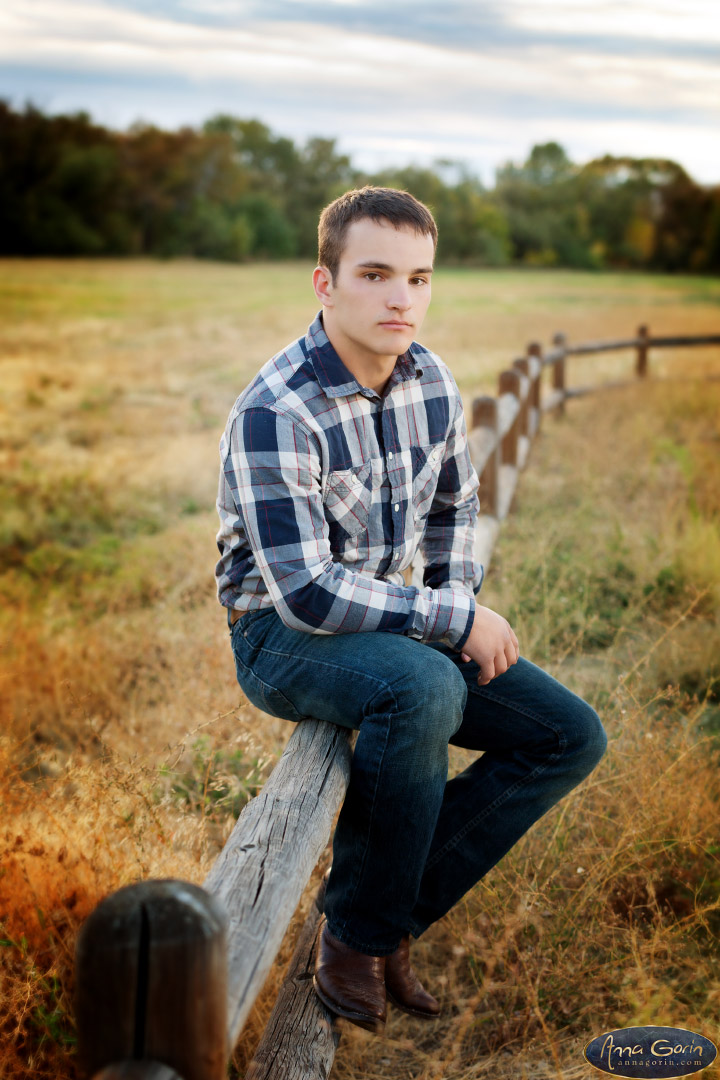Seniors: Caleb | seniors 2017 seniors Senior Portraits Boise Senior Portraits Senior Portrait Senior Pictures Boise Senior Photos schick ostolasa farmstead portraits photoshoots outdoor portraits male senior portrait male portrait hidden springs fall Boise Senior Pictures Boise Senior Photos Boise Senior Photography Boise Senior Photographer autumn  | Anna Gorin Design & Photography, Boise, Idaho